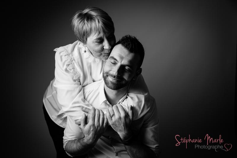 Photographe.famille.77.seine.et.marne.shooting.bébé.mere.fils
